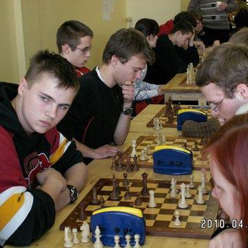 Galeria Licealiada - szachy IV miejsce w finale wojewódzkim w Żarowie 2010r.